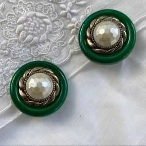 Faceted Faux Pearl Green Rope Clip On Earrings